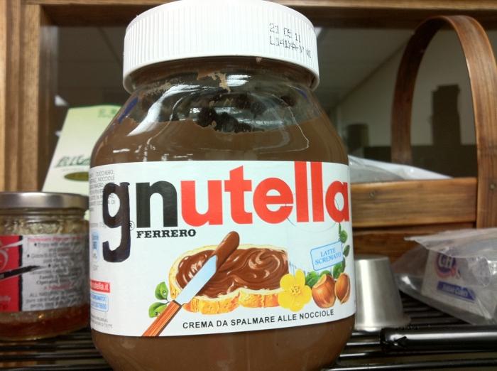 GNUcilla: Leche, cacao, avellanas yazúcar